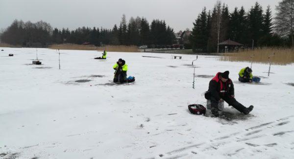 II podlodowe zawody klubu Ciernik